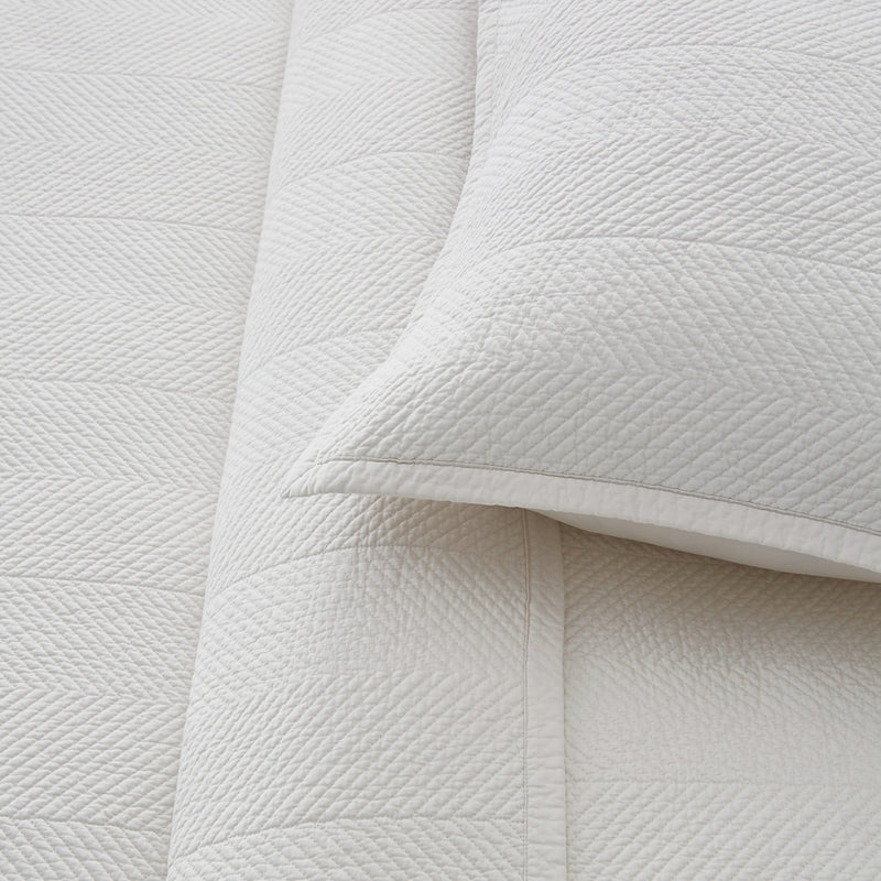 Evelyn Stitch Chevron Luxury Pure Cotton Quilt, Ivory