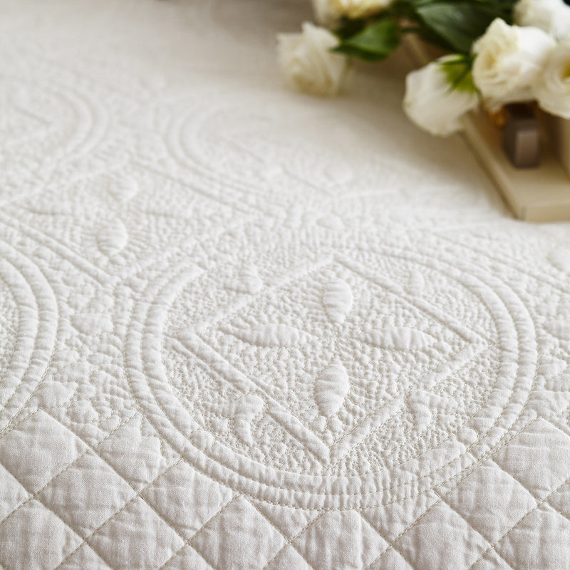 Sage Garden Luxury Pure Cotton Ivory Quilt