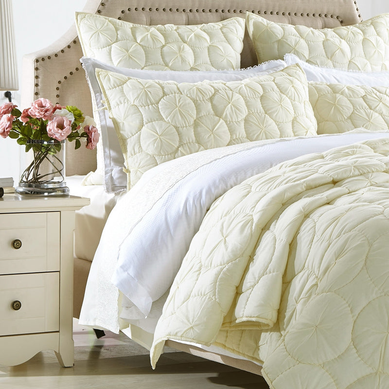 Dream Waltz Luxury Ivory Quilt - Calla Angel  - 4