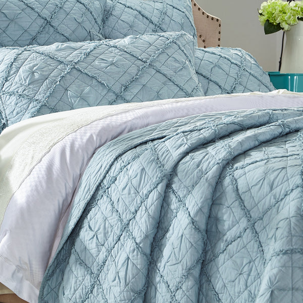 Diamond Applique Luxury Pacific Blue Quilt - Calla Angel  - 2