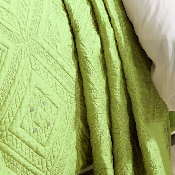 Fern Crystal Luxury Lime Quilt - Calla Angel  - 2