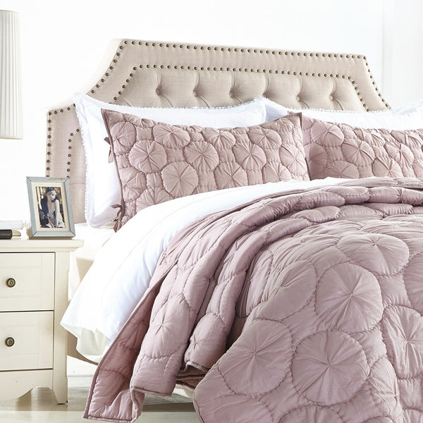 Dream Waltz Luxury Pure Cotton Light Marsala Quilt Calla