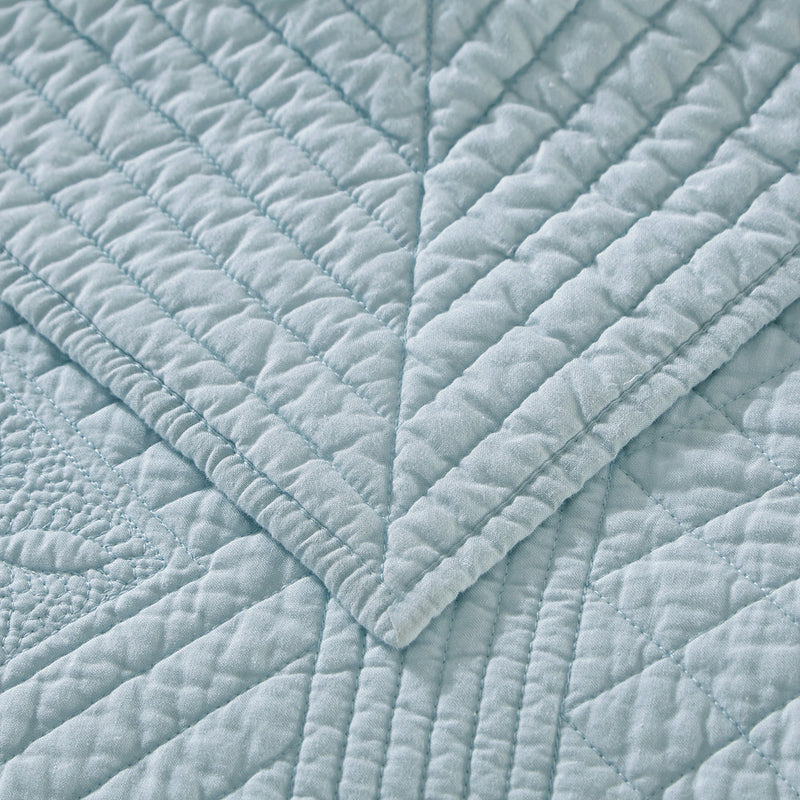 Saint Fountain Luxury Light Aqua Quilt - Calla Angel  - 3