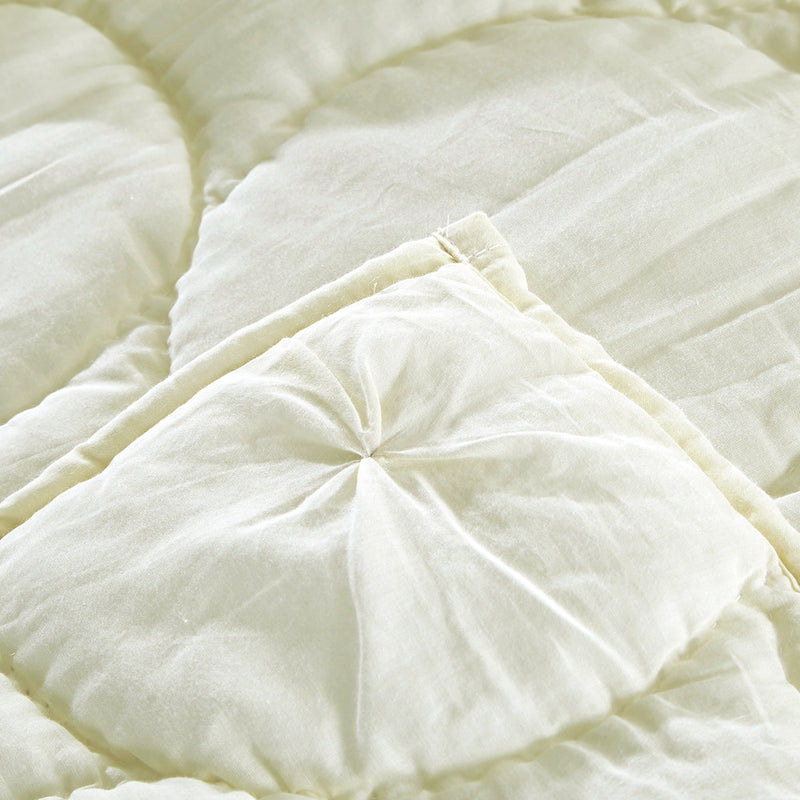 Dream Waltz Luxury Ivory Quilt - Calla Angel  - 6