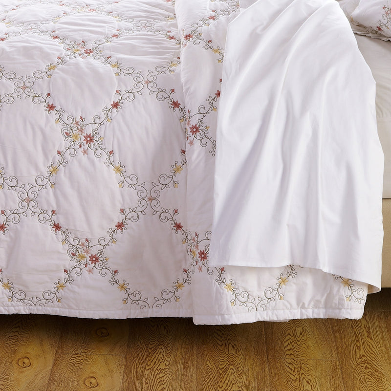 Orchard Mist Luxury White Quilt - Calla Angel  - 6
