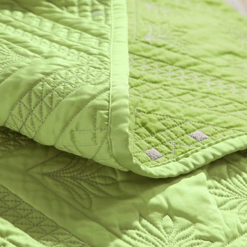 Fern Crystal Luxury Lime Quilt - Calla Angel  - 5