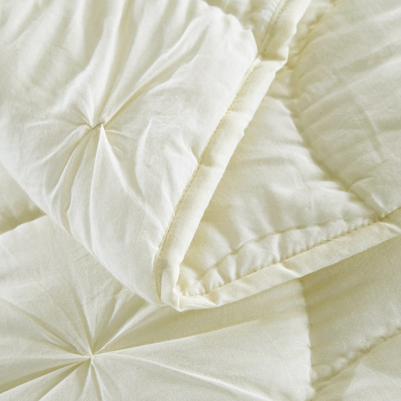 Dream Waltz Luxury Ivory Quilt - Calla Angel  - 7