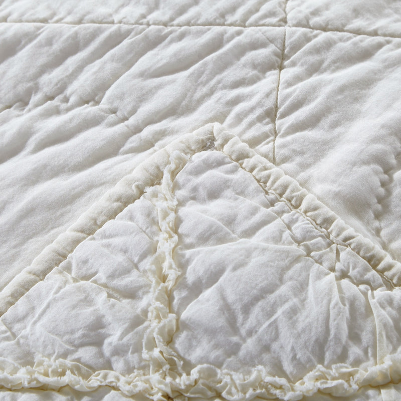 Country Idyl Luxury Ivory Quilt - Calla Angel  - 5