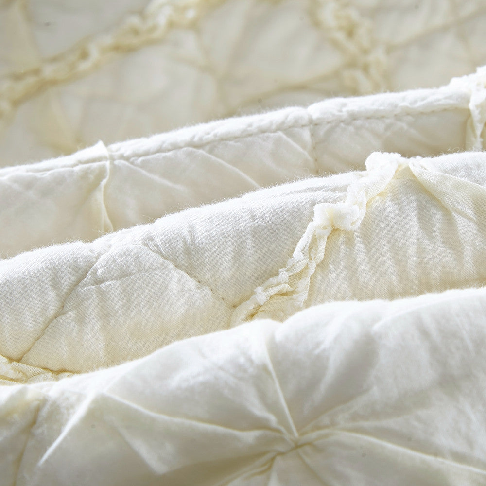 quilt set king ruffled com stone amazon dp home kitchen ivory duvet cottage