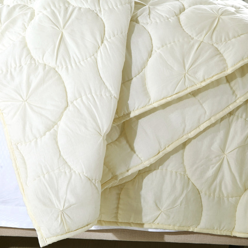 Dream Waltz Luxury Ivory Quilt - Calla Angel  - 9