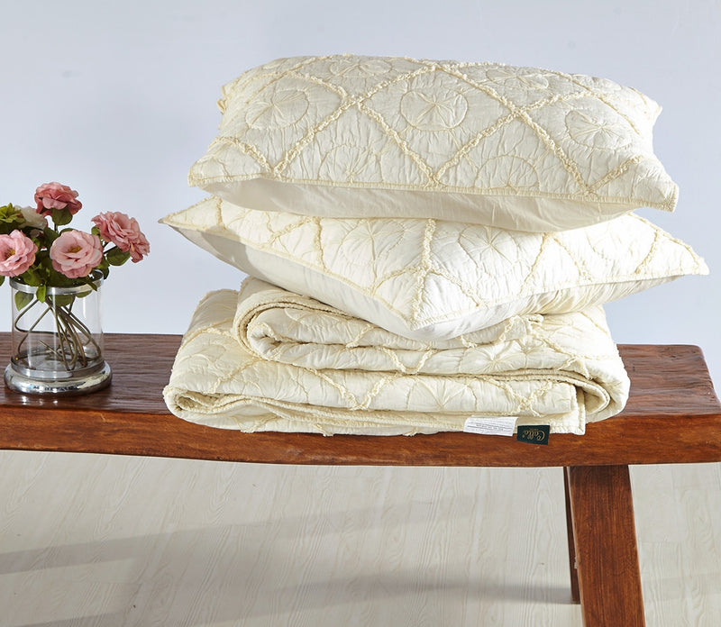 Country Idyl Luxury Ivory Quilt - Calla Angel  - 7
