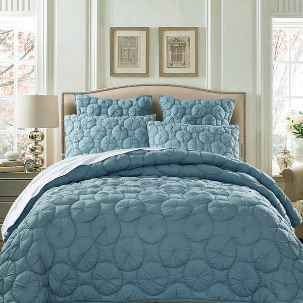 Dream Waltz Luxury Pure Cotton Fountain Blue Quilt - Calla Angel  - 1