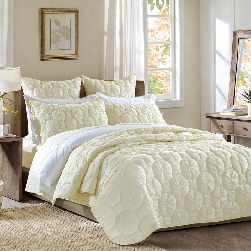 Dream Waltz Luxury Ivory Quilt - Calla Angel  - 2