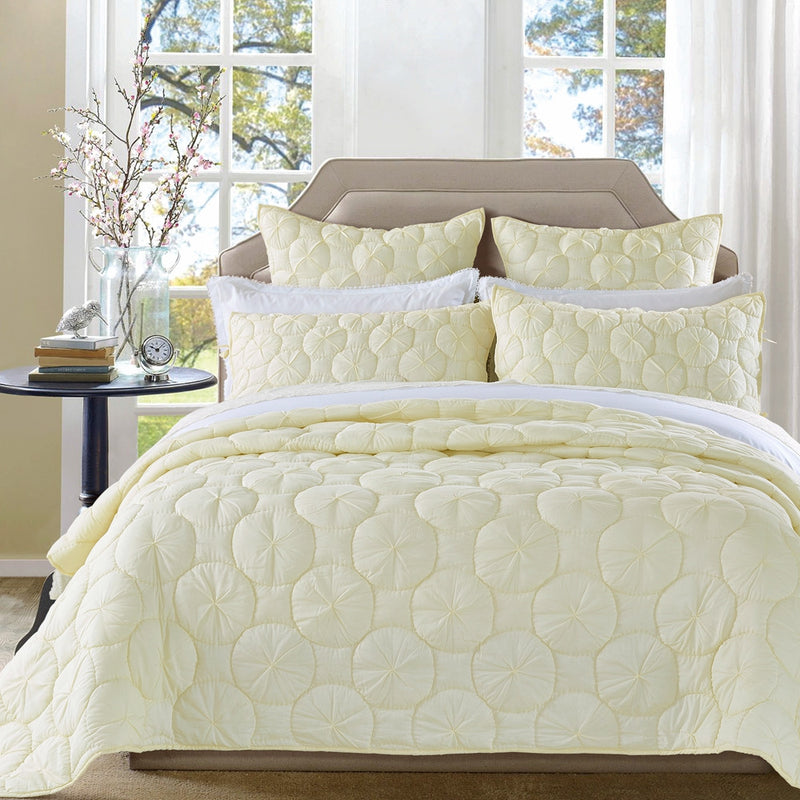 Dream Waltz Luxury Ivory Quilt - Calla Angel  - 1