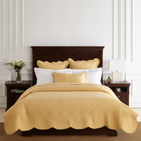 Sage Garden Luxury Pure Cotton Gold Quilt