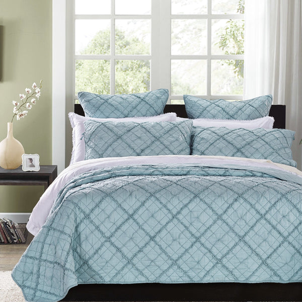 Diamond Applique Luxury Pacific Blue Quilt - Calla Angel  - 1