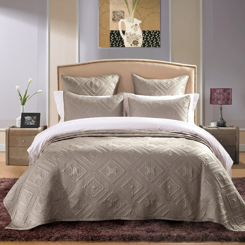 Fern Crystal Luxury Khaki Quilt - Calla Angel  - 1