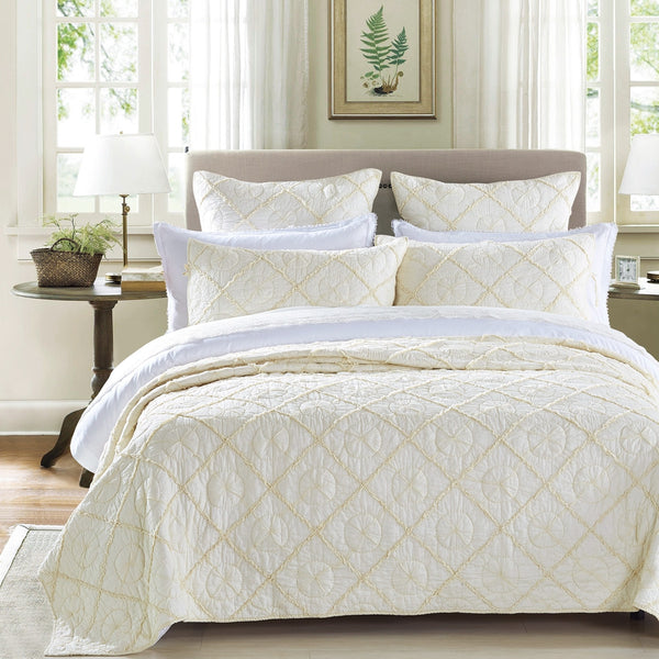 Country Idyl Luxury Ivory Quilt - Calla Angel  - 1