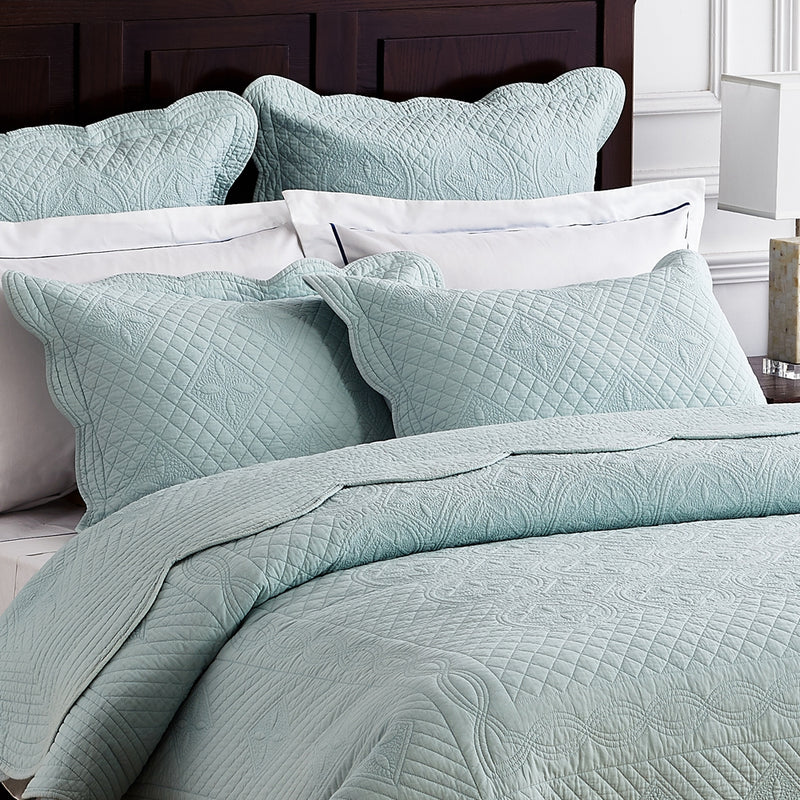 Sage Garden Luxury Pure Cotton Light Aqua Quilt