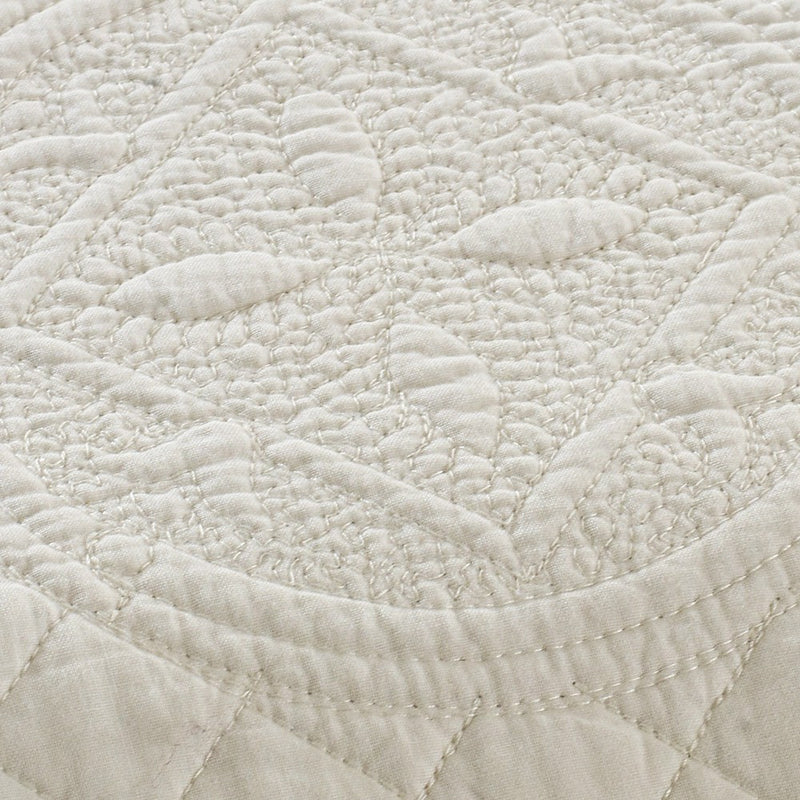 Saint Ivory Luxury Pure Cotton Quilt - Calla Angel  - 4