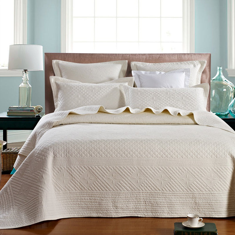 Saint Ivory Luxury Pure Cotton Quilt - Calla Angel  - 1
