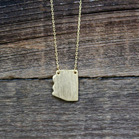 Dainty Gold Arizona Necklace