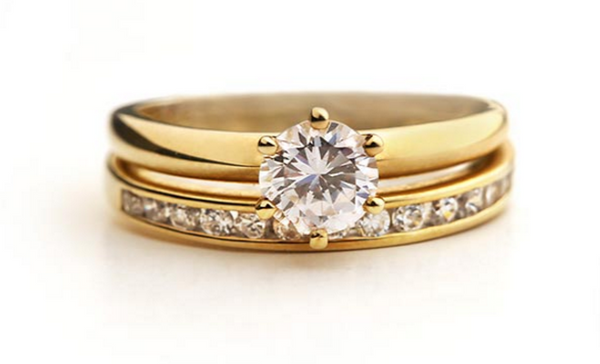 gold wedding ring for bride
