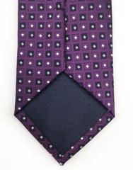 tip of eggplant purple tie