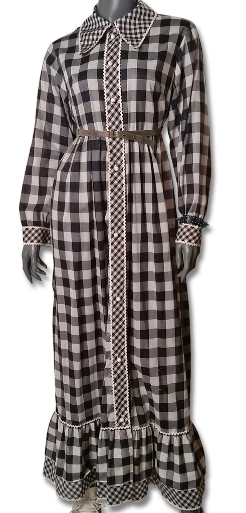 53845ac62d0f4c Double Gingham 1970s Maxi Dress - refashioner - 1