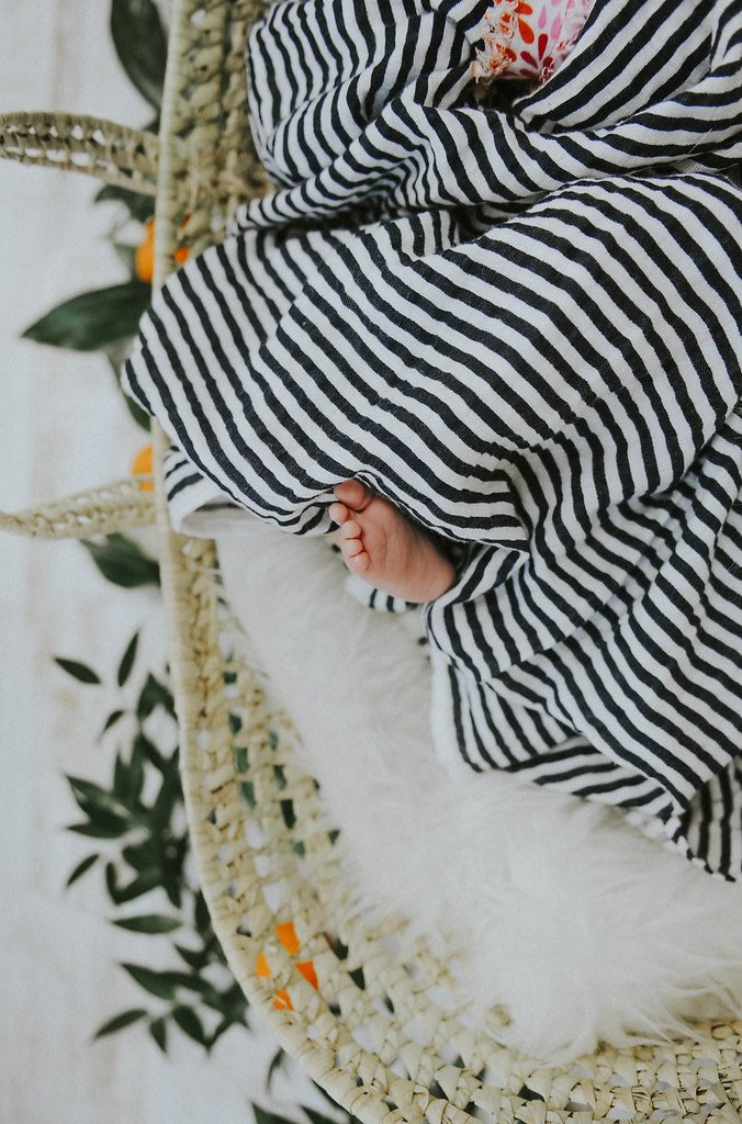 BLACK AND WHITE STRIPE SWADDLE, swaddle - Tnee's