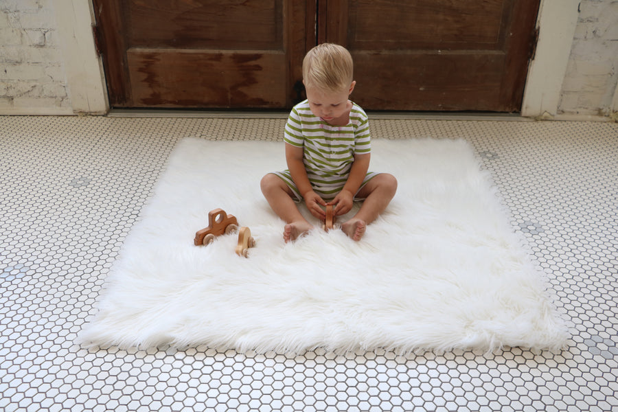 Faux Fur Rug - Pearl White - Tnee's