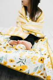 BUTTERCUP BLOSSOM REVERSIBLE QUILT - Tnee's