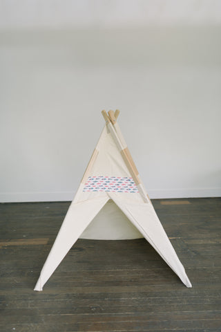 Natural feather teepee