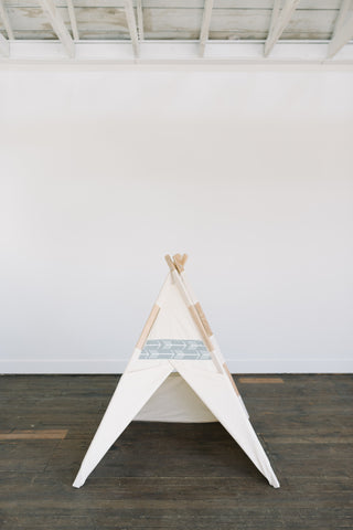 Natural gray arrow teepee