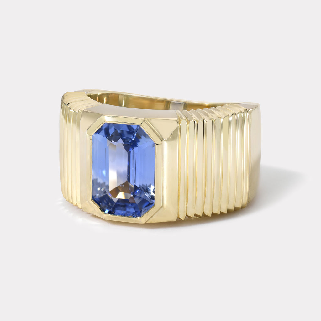 One of a kind Pleated Solitaire Band - 3.13ct Blue Sapphire
