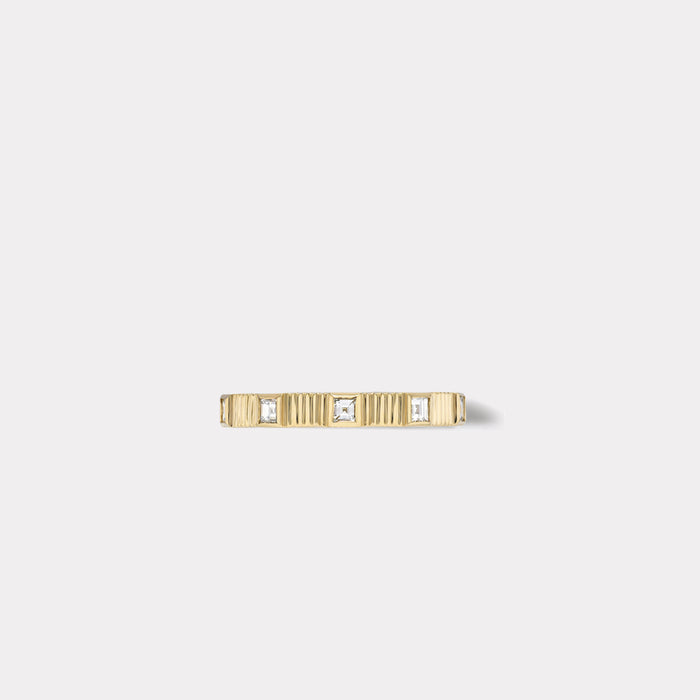 Pleated Five Stone Band - Carre Cut Diamonds