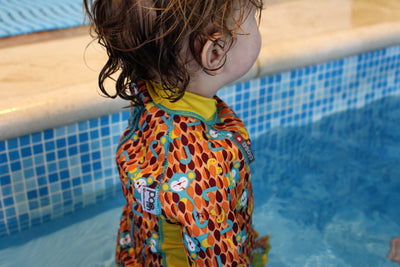 Close let foret svømmedragt - Pop in Snug Swimsuit - Monkey - Ticky & Bert Badetøj Close