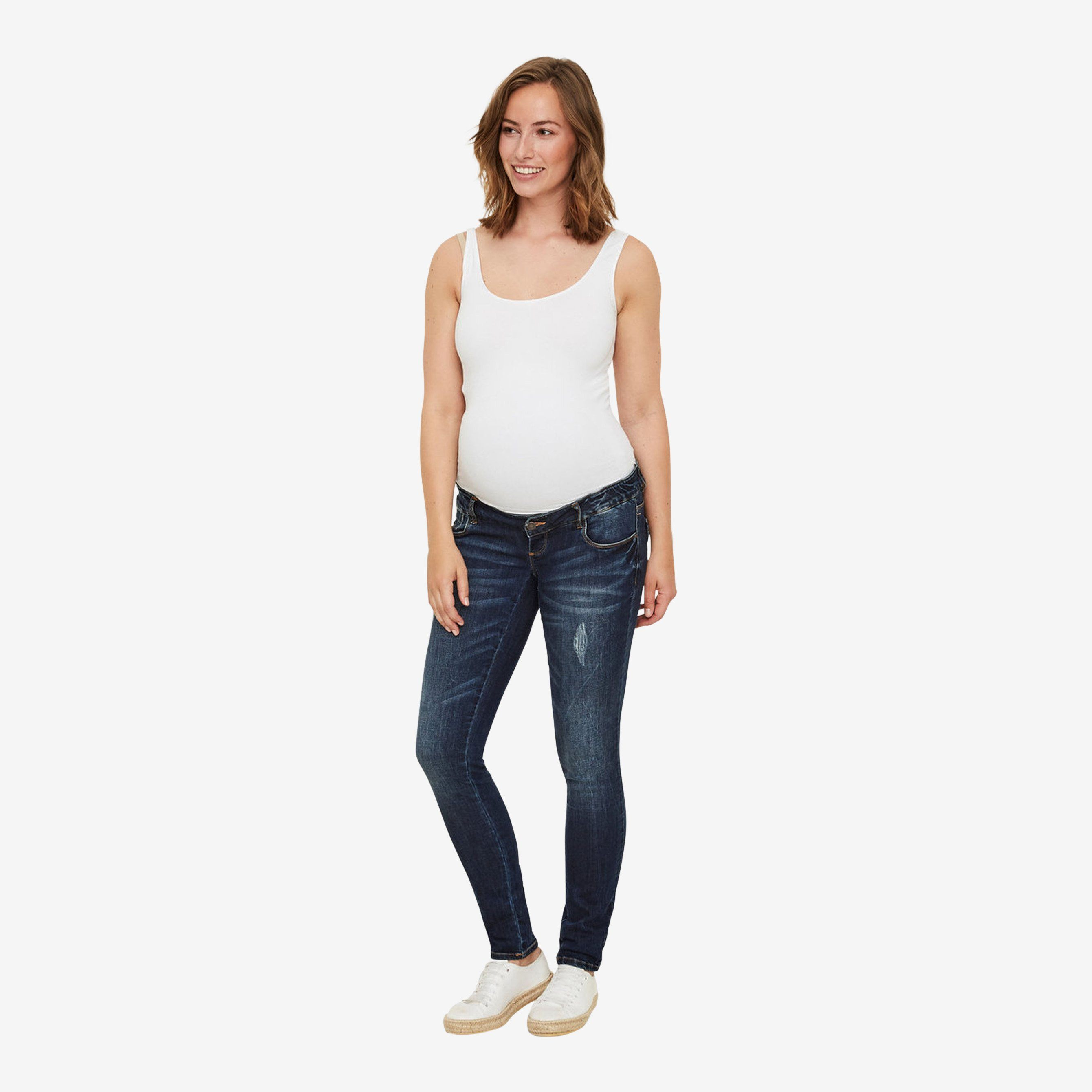Slim fit ventejeans fra Mamalicious (denim)
