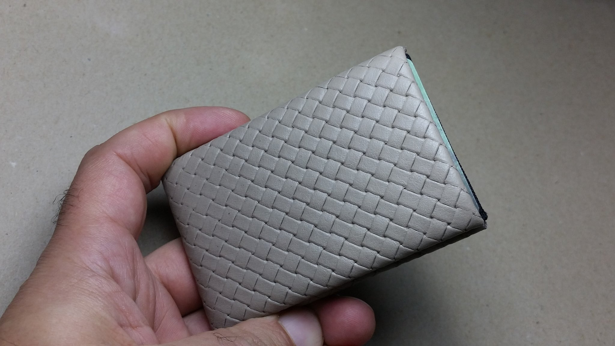 03 Design Pattern Leather - RFID protection 4 +1 - NERO Minimalist Wallet