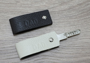Key Holder Leather Keychain - Double Face - Reversible Colors - NERO Minimalist Wallet