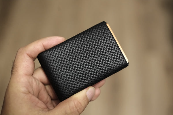 Minimalist Wallets, RFID Blocking Wallets, 02 Design Pattern Leather - NERO Leather Wallet - 4 RFID PROTECTED POCKETS FOR CREDIT CARDS AND 1 RFID PASS - NERO Minimalist Wallet