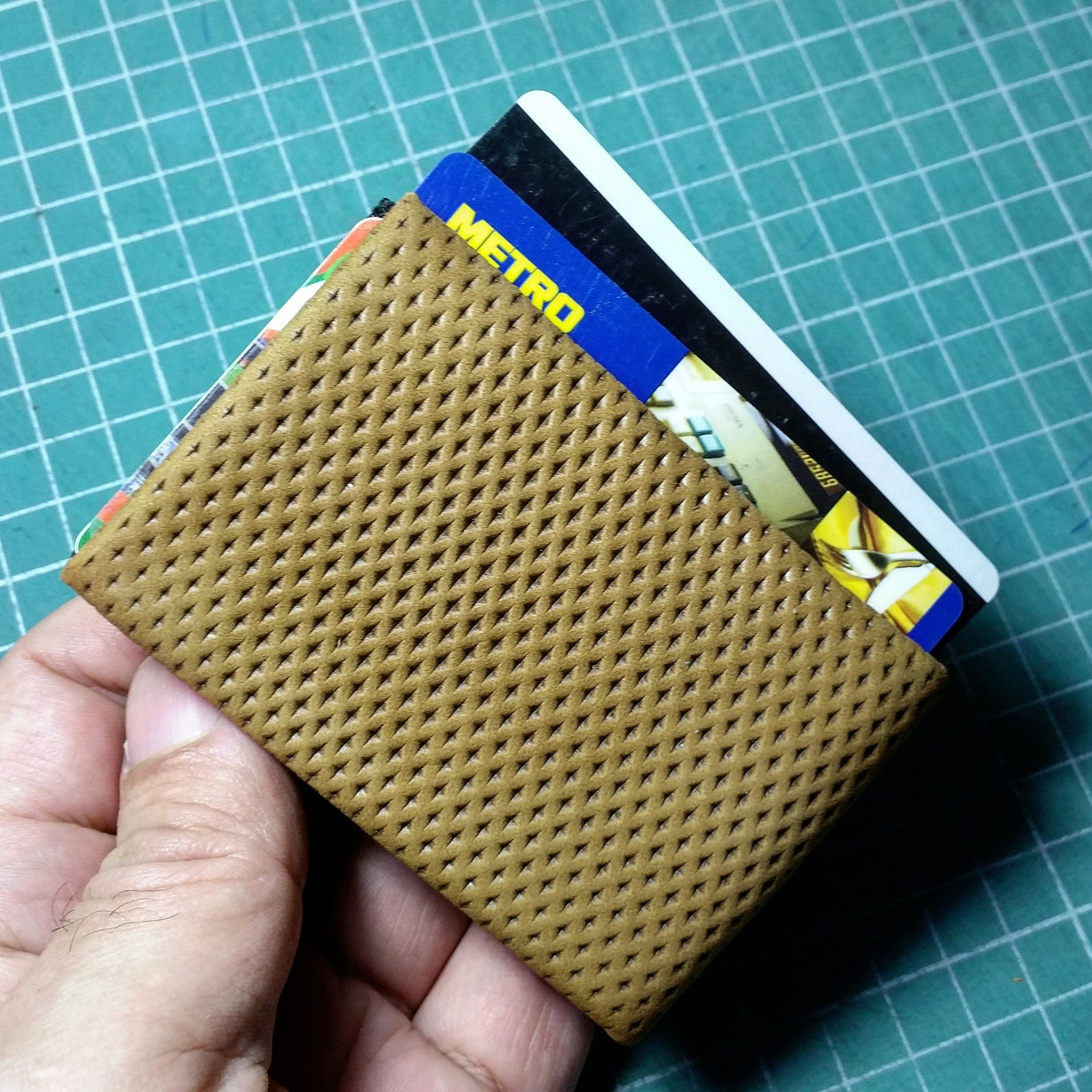 04 Design Pattern Leather - WITHOUT RFID protection - NERO Minimalist Wallet