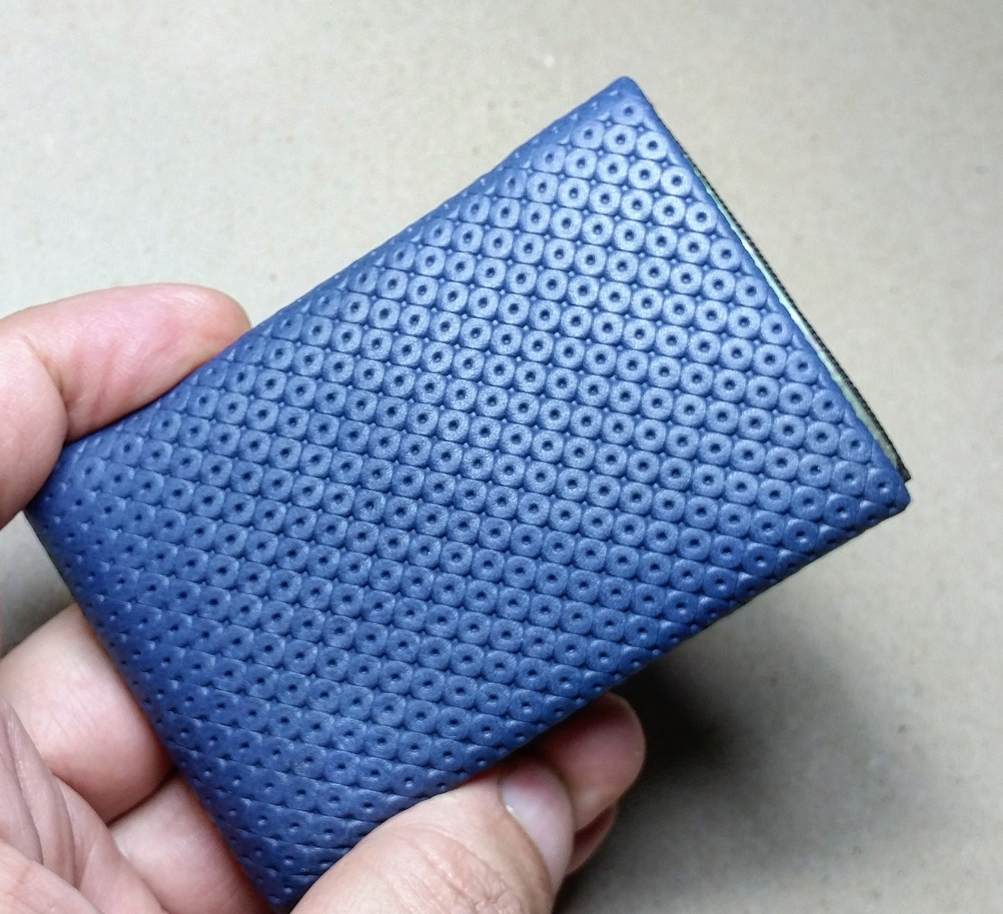 01 Design Pattern Leather - RFID protection 4 +1 - NERO Minimalist Wallet