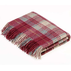 Bronte Throw Shetland Huntingtower Berry