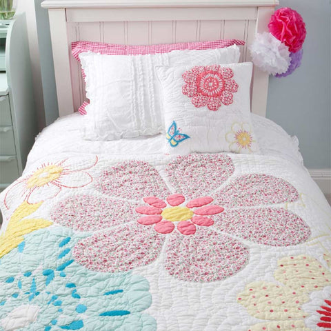 Daisy Floral Quilt - Cot Bed