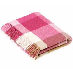 Bronte By Moon Rome Pink Natural Shetland Wool Throw