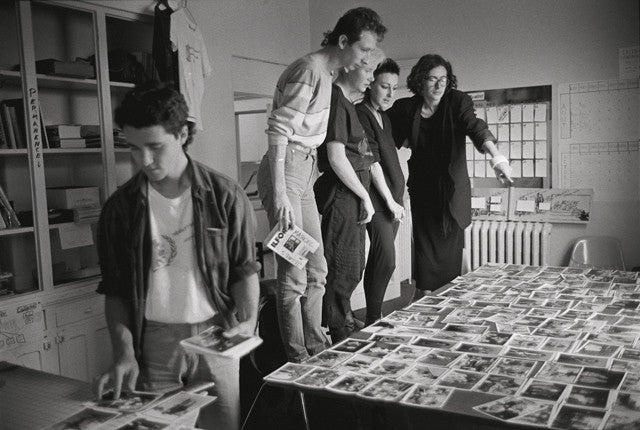 L'équipe de Vox Populi en pleine préparation de l'exposition
