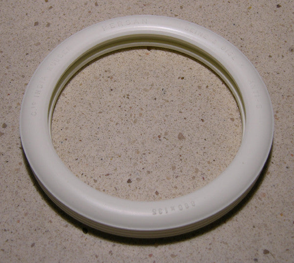 Fiat White Tire - Rear - F008