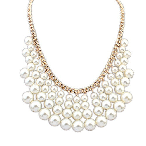 Feeling Pearly Necklace