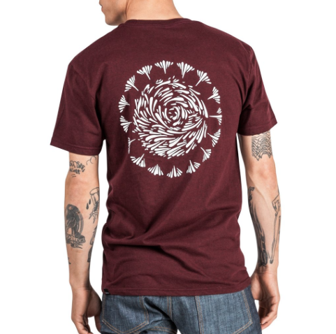 Cadence Script Plus T-Shirt - Burgundy Pepper